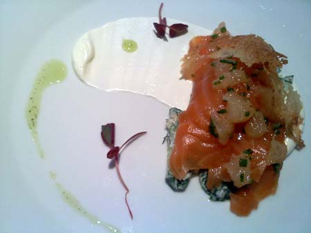 Gravlax appetizer at La Chronique