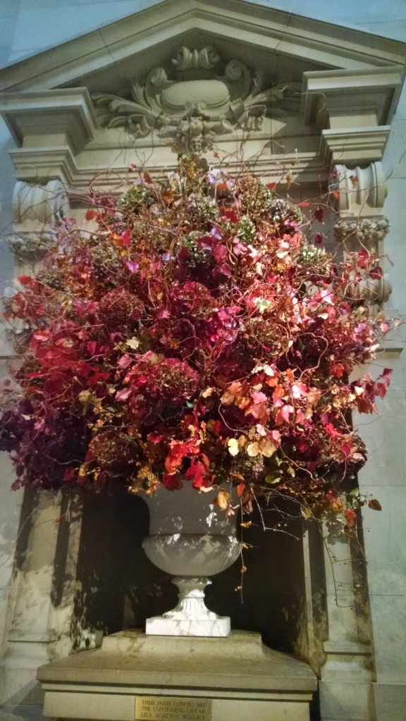 Fresh flowers, always on display at the Metropolitan Museum of Art
